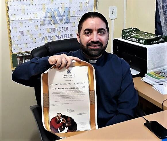 """Decreto do Vaticano confirmao Pe. João Batista Moreira, do Clero de Iguatu, como """"Missionário da Misericórdia"""""""
